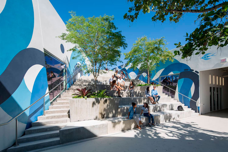 Wynwood-Arcade-for-East-End-Capital-Photo-by-Robin-Hill-c-HI-RES-11